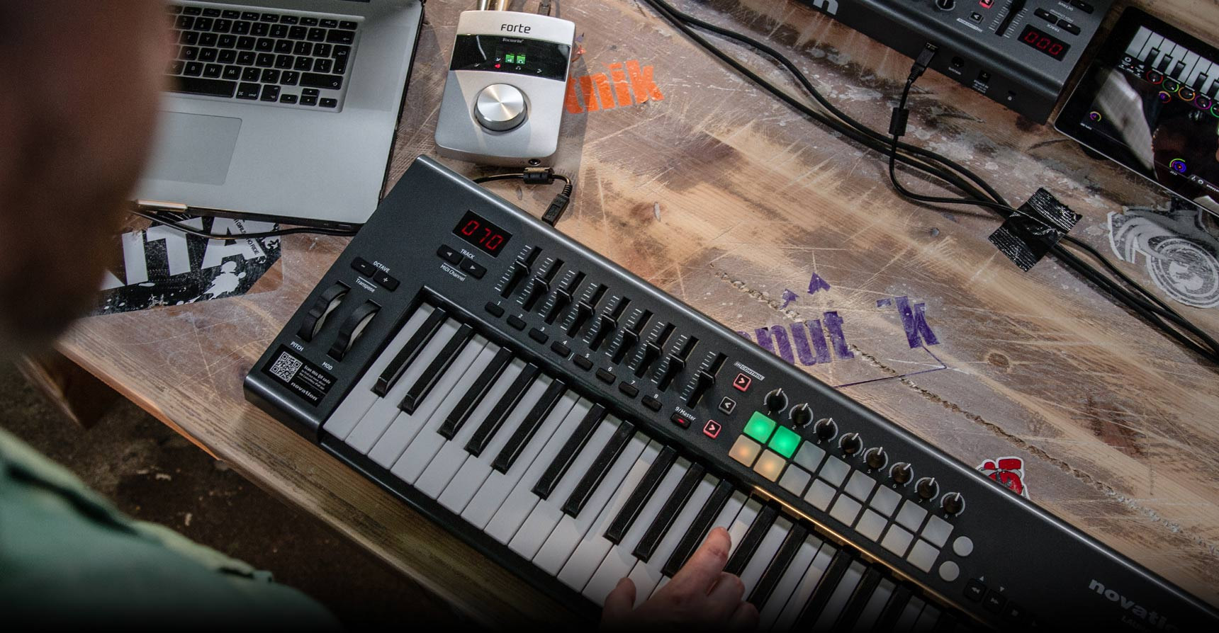 第二代 NOVATION LAUNCHKEY 61 MK2 主控鍵盤