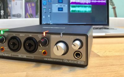 Roland Rubix22 錄音介面,支援 iPad、iPhone
