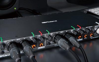 Roland Rubix44 錄音介面,支援樂團多人錄音、線上直播,內建兩組防爆音壓縮器